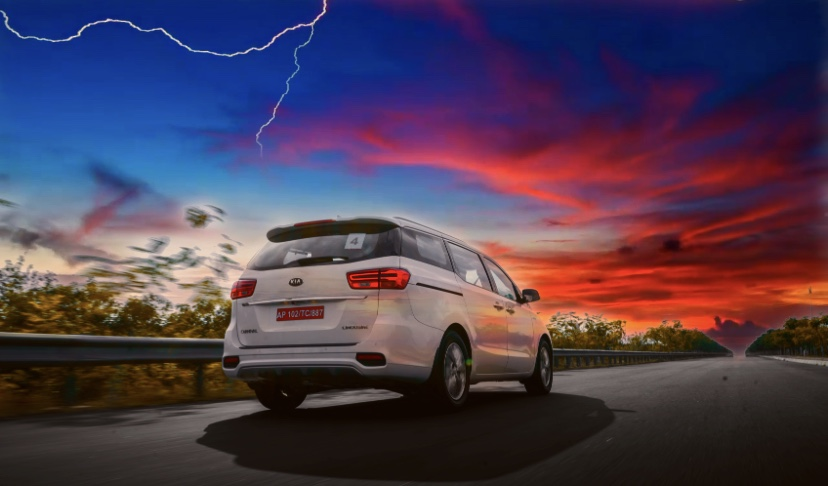 KIA Carnival: Fit Your World inside